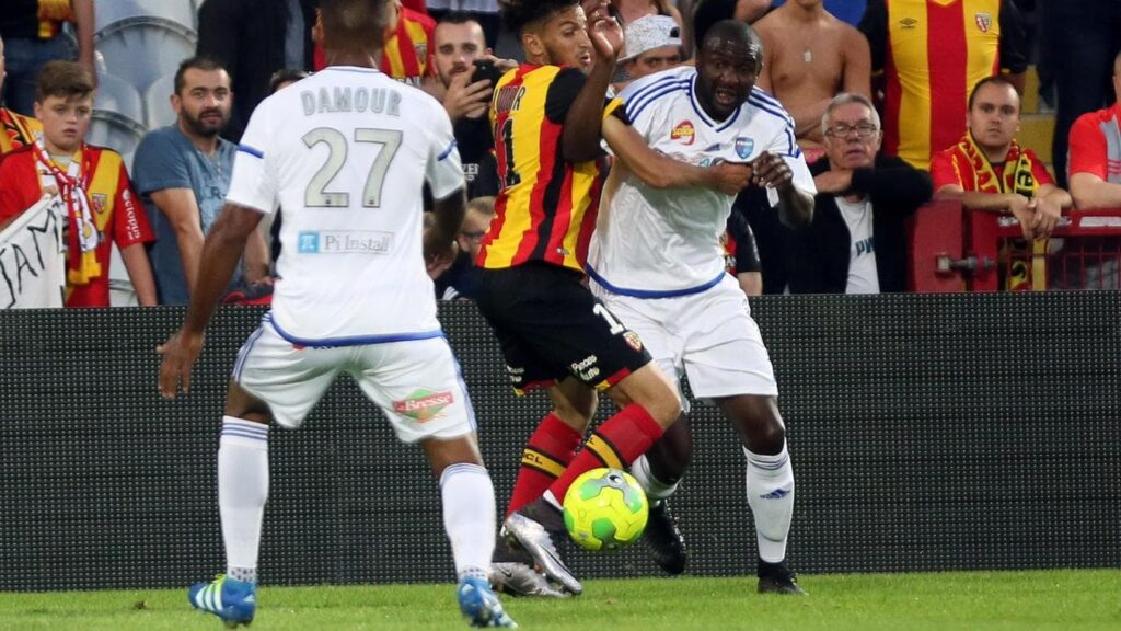 LENS - BOURG-PÉRONNAS Soccer prediction